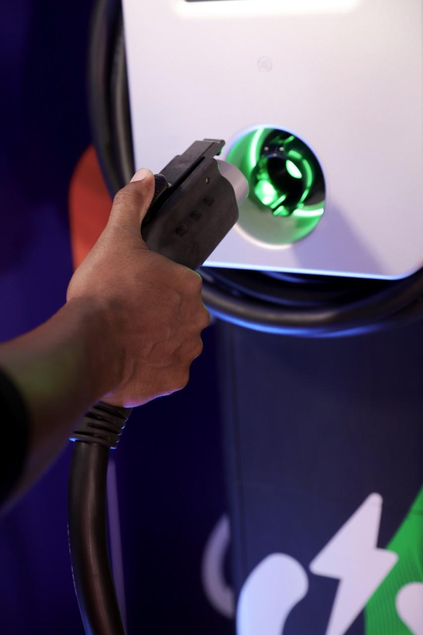 Evergo y Ágora Mall inauguran cinco estaciones de carga eléctrica