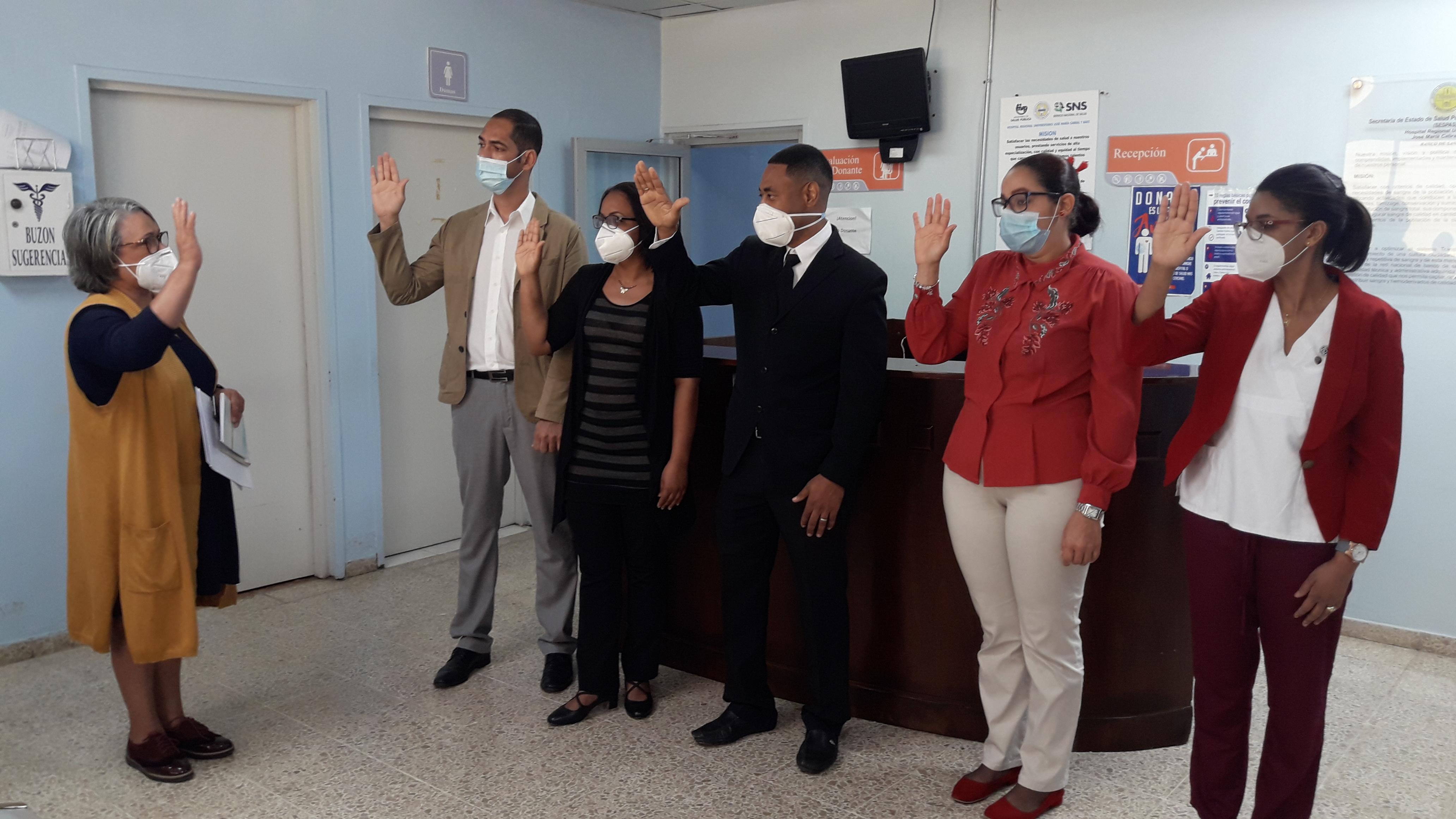 Juramentan primera filial del Colegio Dominicano de Bioanalistas en Santiago
