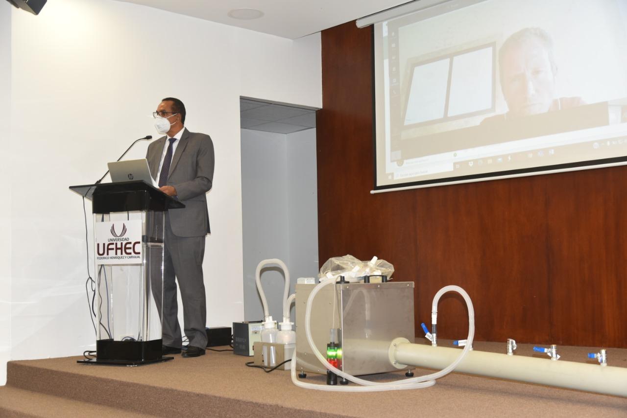 UFHEC presenta primer ventilador no invasivo en el país para asistir a pacientes con COVID-19