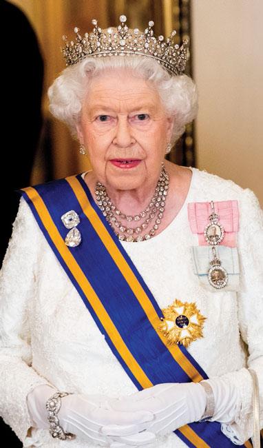 Las finanzas de la reina Isabel II, sacudidas por el coronavirus