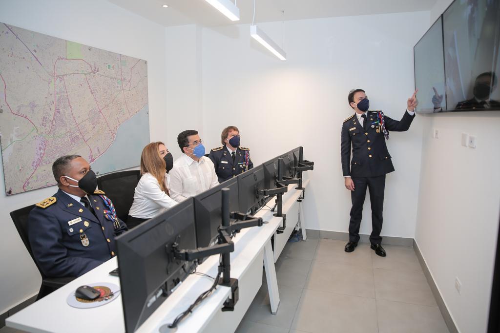 Entregan nuevo Centro de Operaciones en Cuerpo de Bomberos del Distrito Nacional