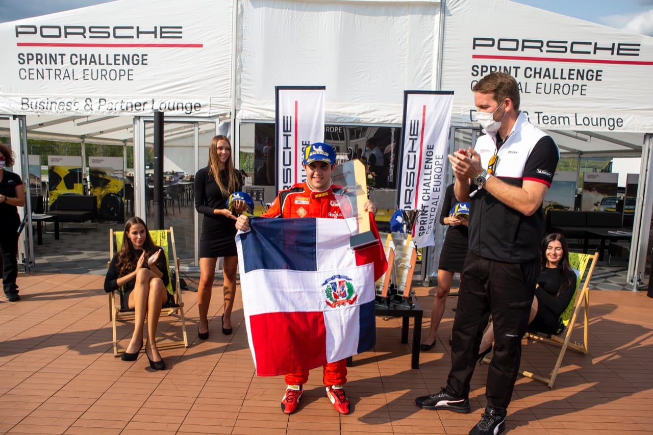 Jimmy Llibre gana tercera carrera del campeonato Porsche Sprint Challenge Central Europe