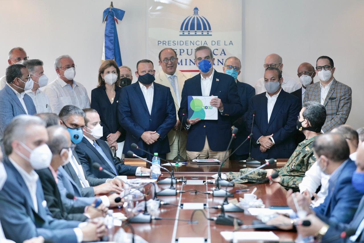 Ministros rinden informes en primer Consejo de Gobierno