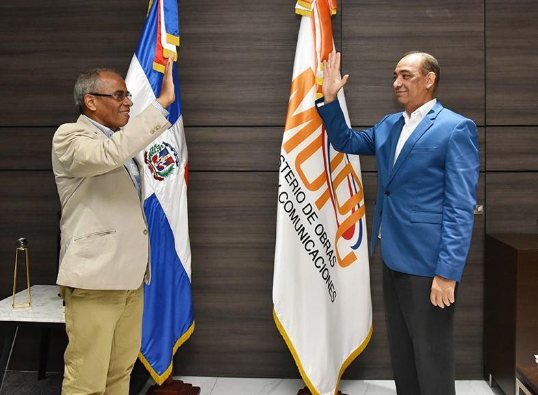 Deligne Ascención designa a Onéximo González como asesor general del MOPC