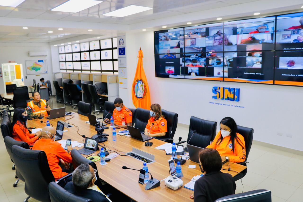 Gobernadores provinciales reciben orientación virtual en materia de prevención, mitigación y respuesta ante desastres