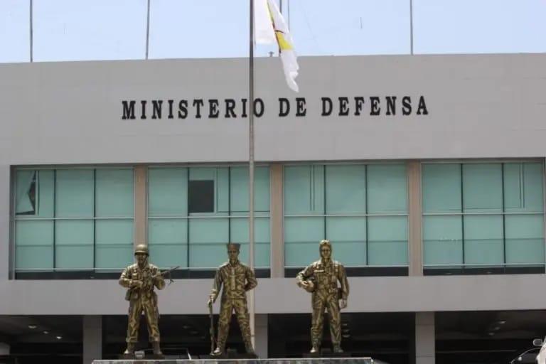 Jefes militares presentan su rendición de cuentas