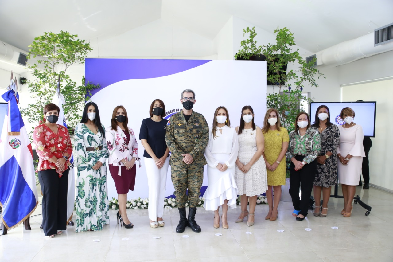 Video | Asociación Esposas de Oficiales de FF.AA. se compromete a mejorar calidad de vida de militares