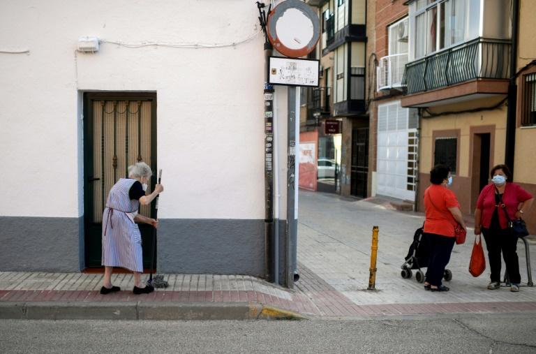 Madrid amplía sus restricciones, pero el gobierno central pide más
