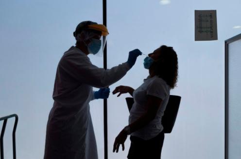 El método de la Universidad de Cambridge para evitar los falsos negativos de coronavirus pruebas por hisopados