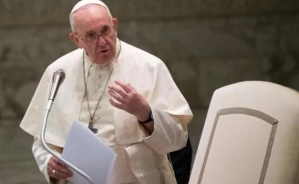 El papa en plena limpieza de las finanzas del Vaticano