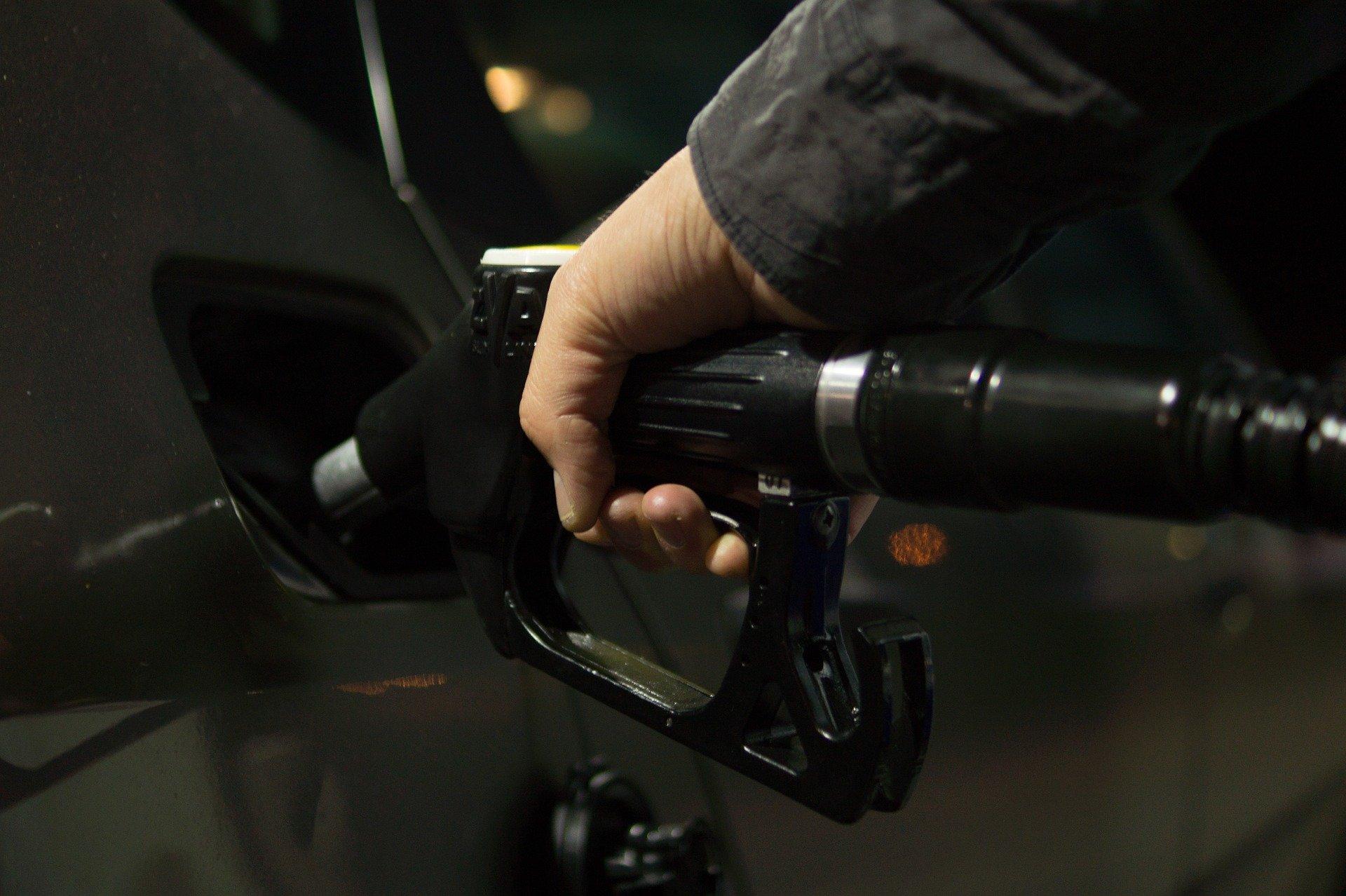 Empresas de combustibles llaman a tomar medidas justas para asegurar sostenibilidad del sector