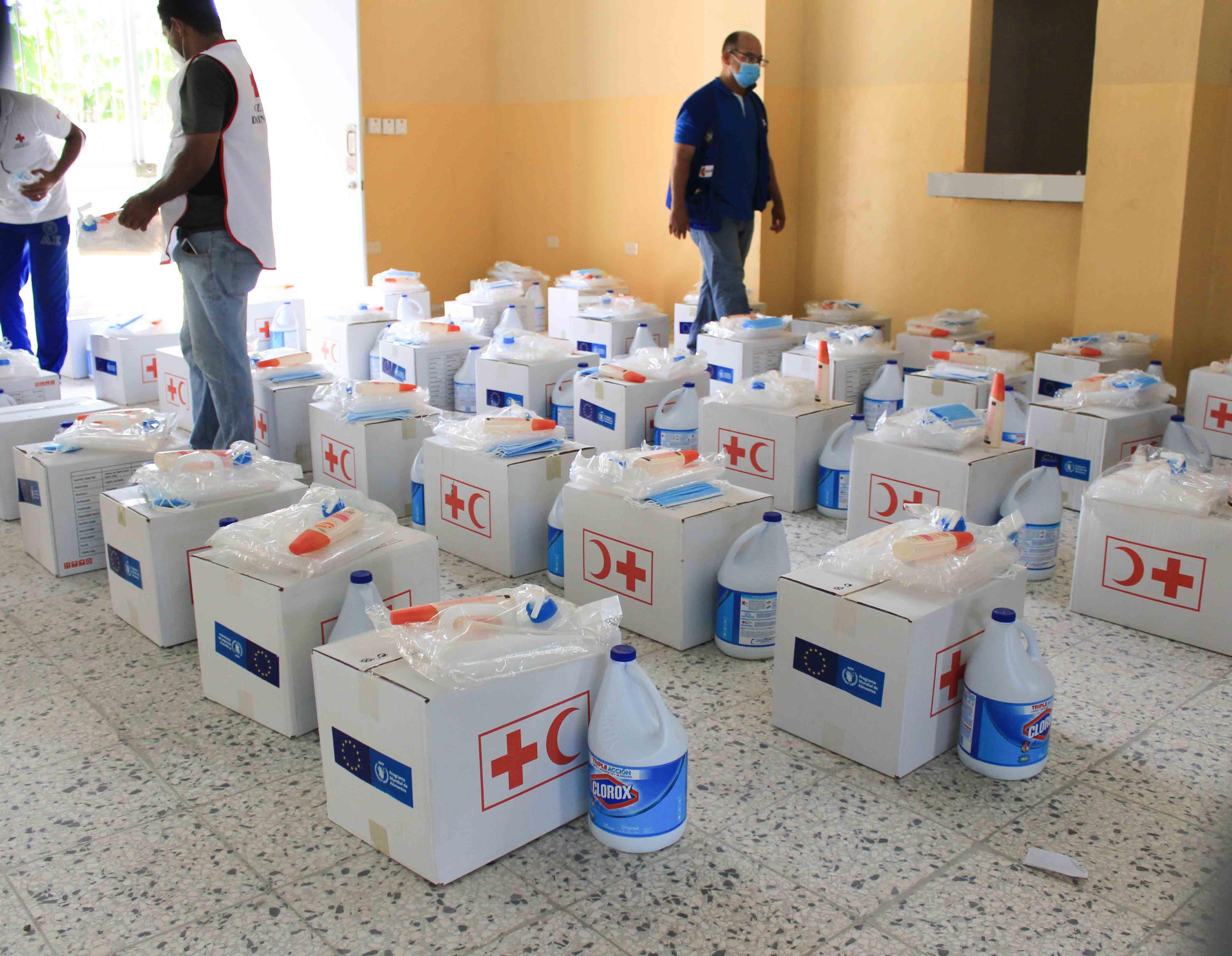 Cruz Roja distribuye asistencia humanitaria en Uvilla tras paso de la tormenta Laura