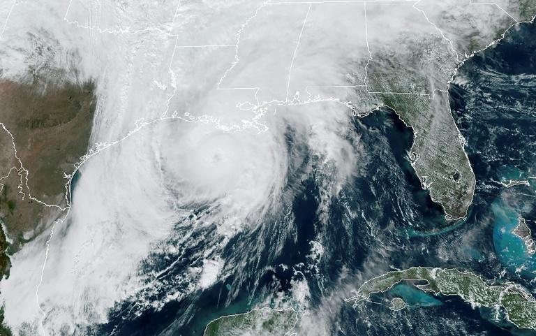 Huracán Zeta impactó el sur de EEUU degradado a tormenta tropical