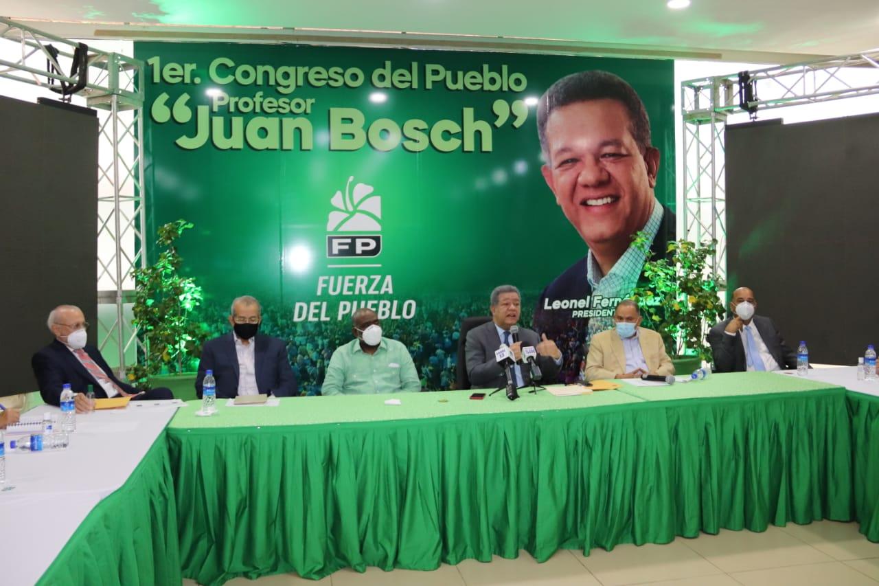 Leonel Fernández hace llamado de alerta ante incremento en precios alimentos básicos
