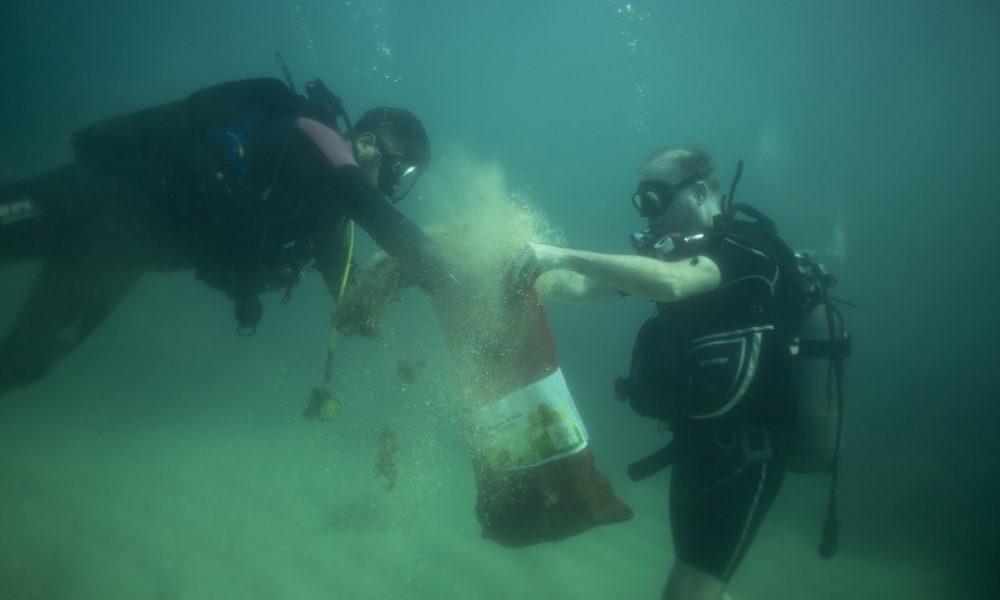 Calculan que hay 14 millones de toneladas de microplásticos en el fondo marino