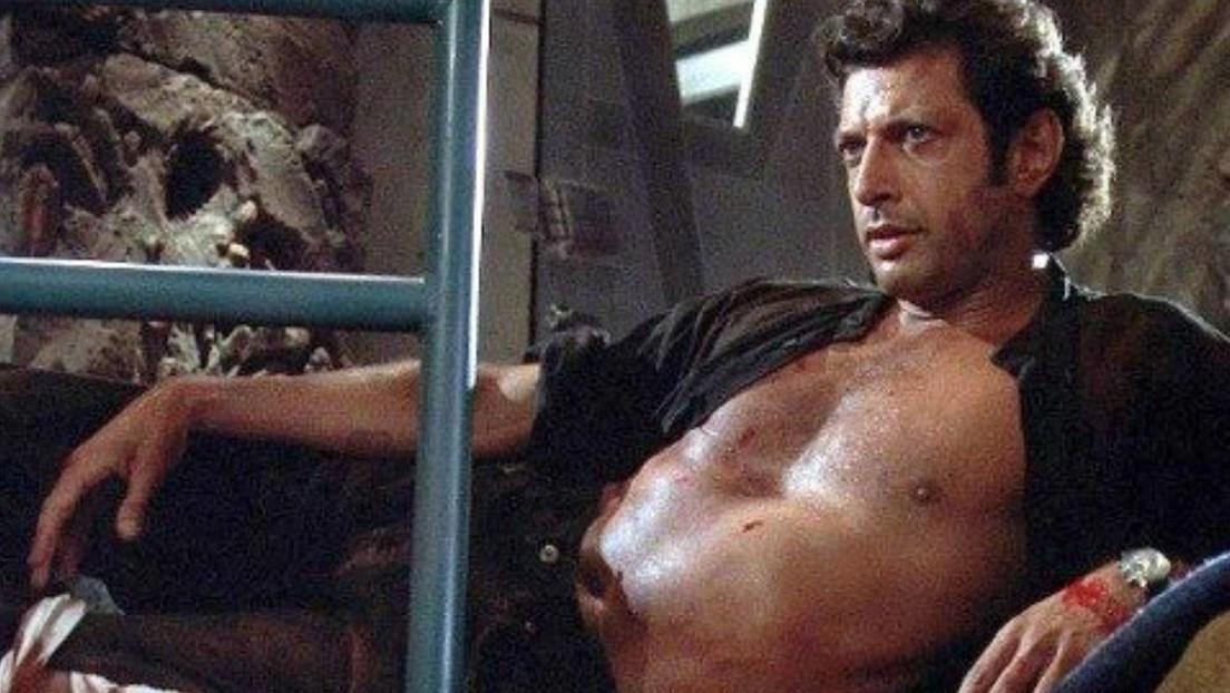 El actor Jeff Goldblum recrea a los 67 años un fragmento icónico de la película 'Parque Jurásico'