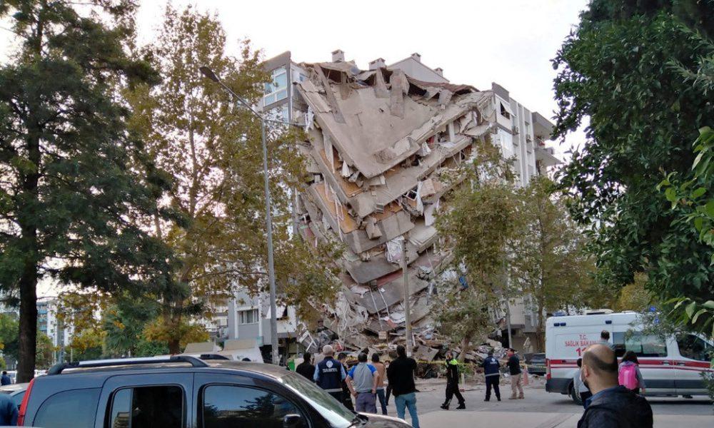 Cuatro muertos y 120 heridos en Turquía por sismo en el mar Egeo