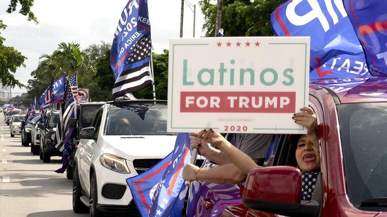 """Exiliados cubanos realizaron una """"caravana anticomunista"""" en apoyo a Donald Trump en Miami"""