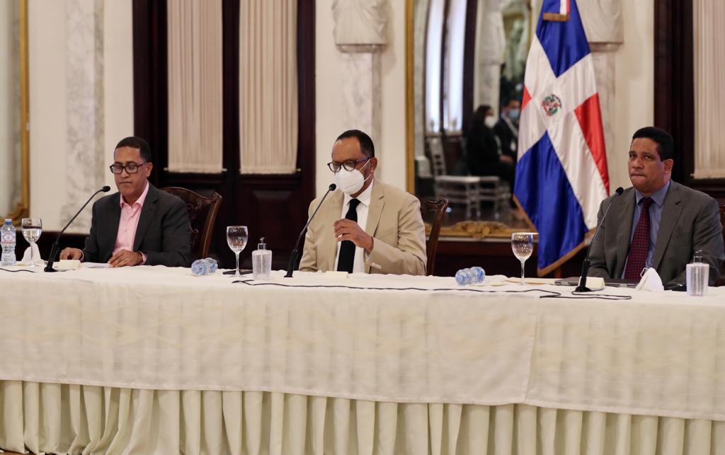 Gobierno no renovará contratos leoninos para adquirir asfalto