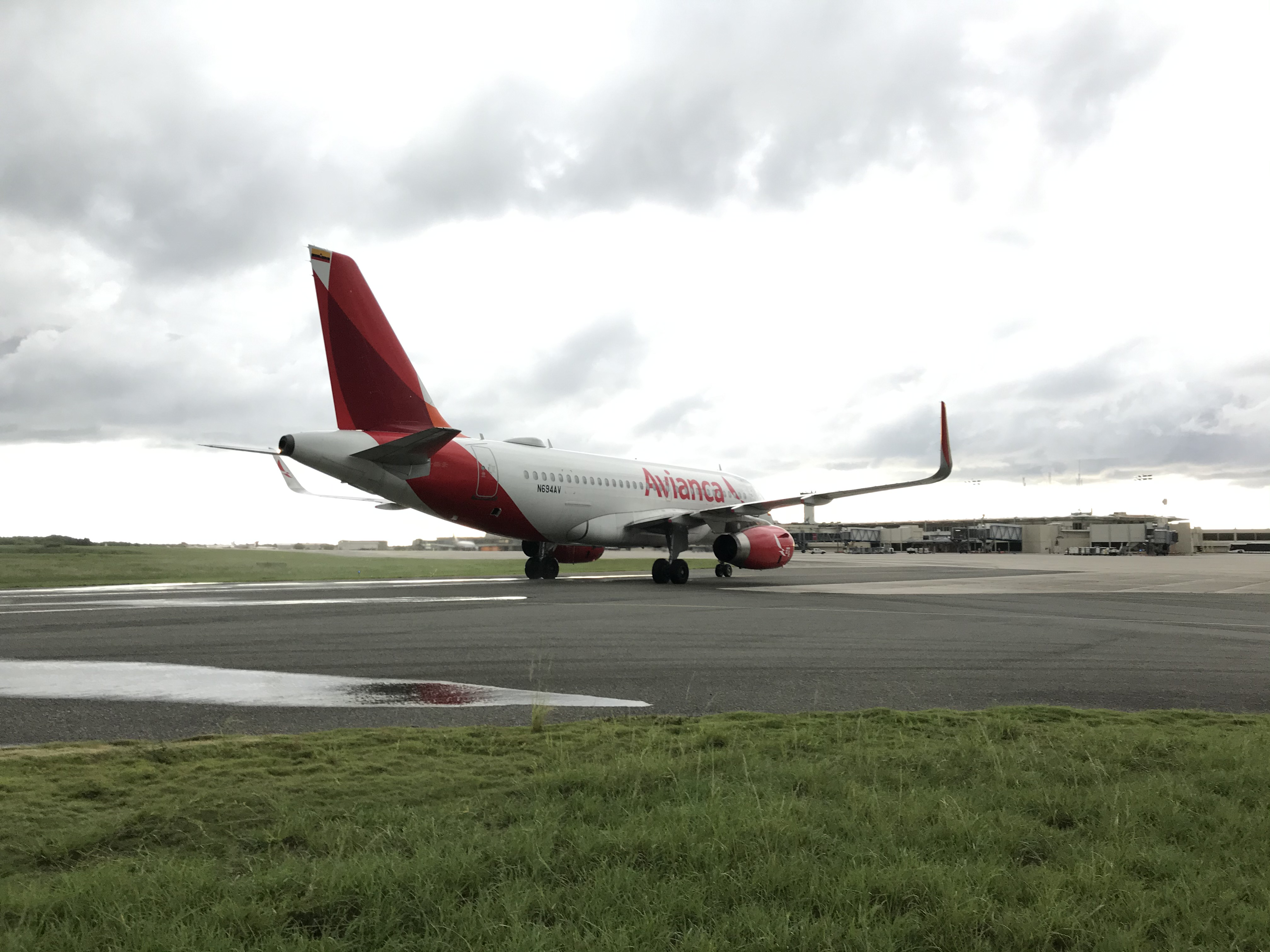 Avianca reanuda operaciones entre República Dominicana y Colombia