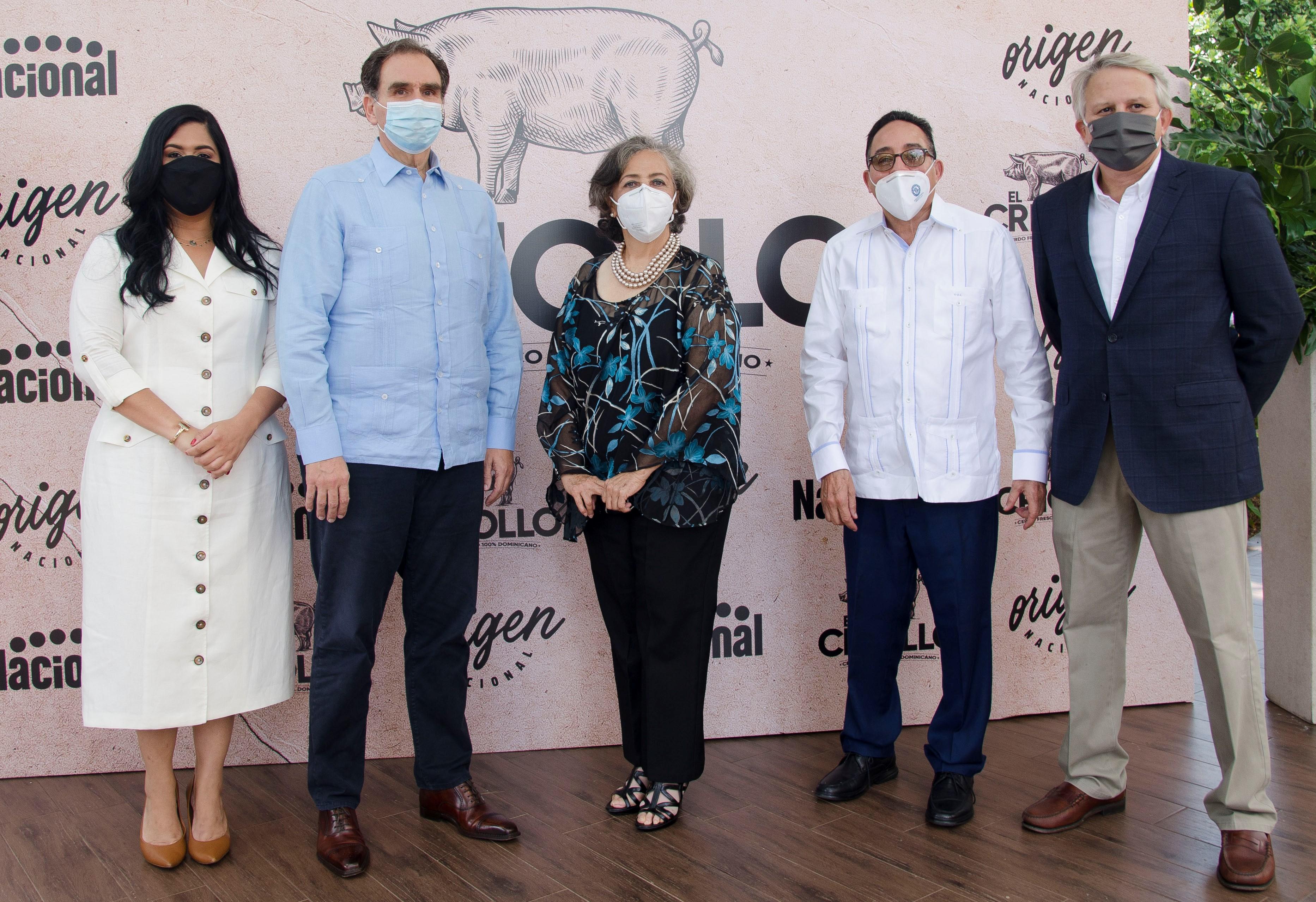 Supermercados Nacional contribuye con el desarrollo  de la producción porcina dominicana