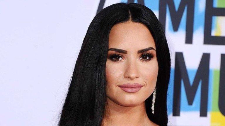 Demi Lovato reveló la película le hizo darse cuenta que es bisexual