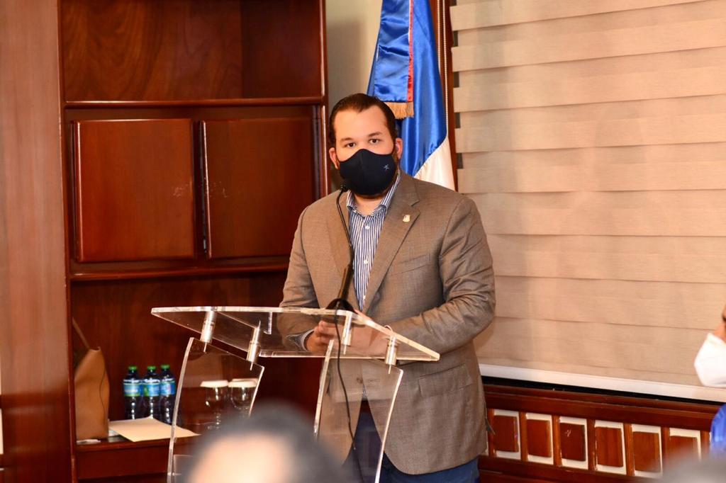 Jorge Villegas propone no cobrar 3 % de impuesto a transacciones en moneda extranjera