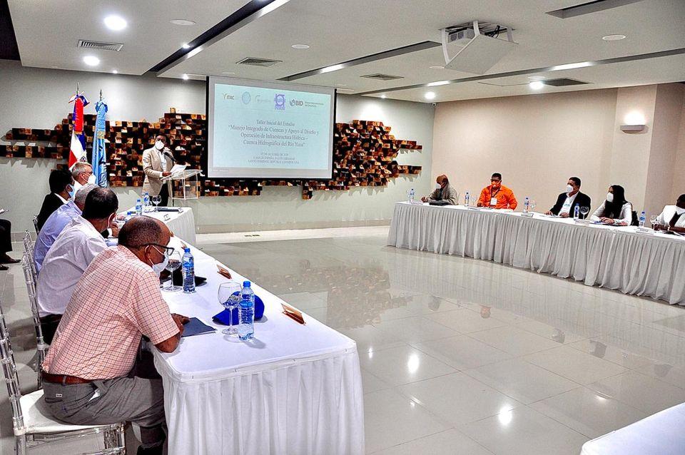 INDRHI inicia proyecto de manejo integrado de cuenca en el río Yuna con apoyo del BID