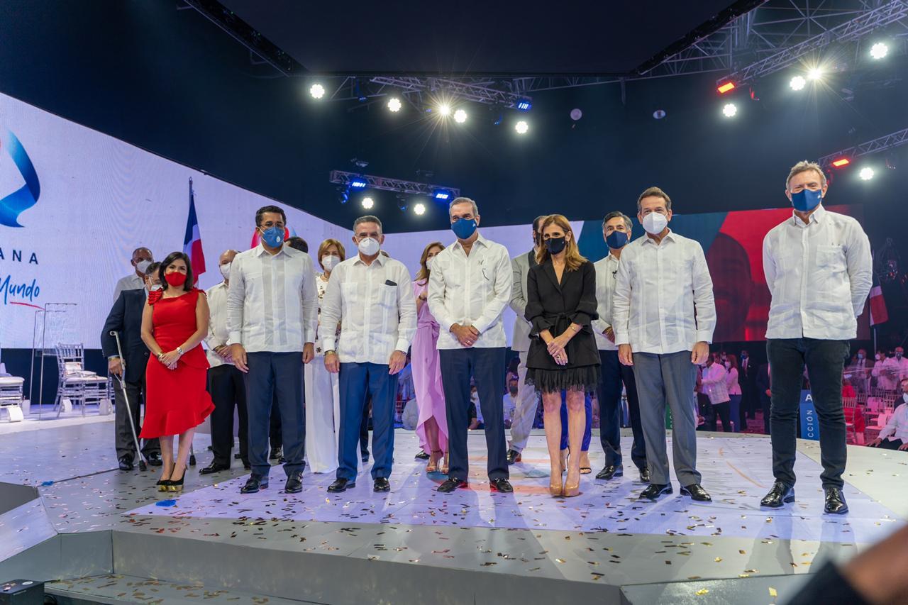 Dominicana presenta su Marca País