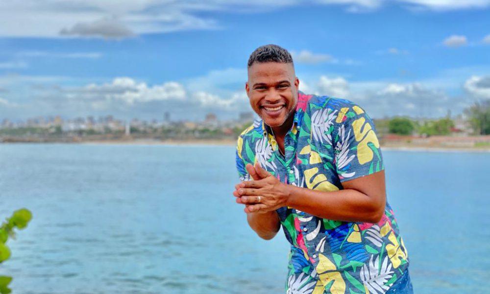 Jandy Ventura estrena Hawaii en merengue