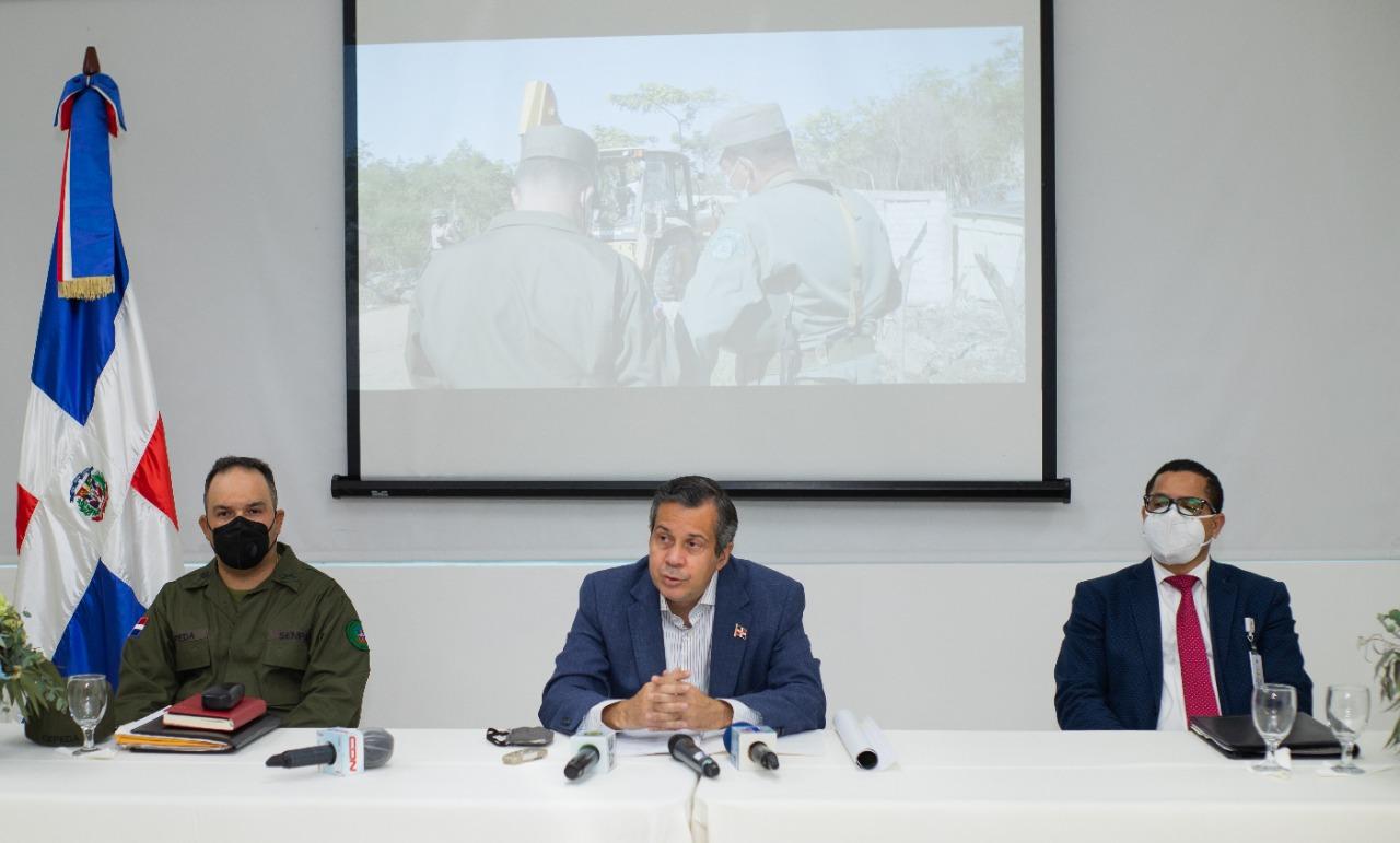 Medio Ambiente presentará denuncia contra grupo que vendía terrenos en Los Farallones