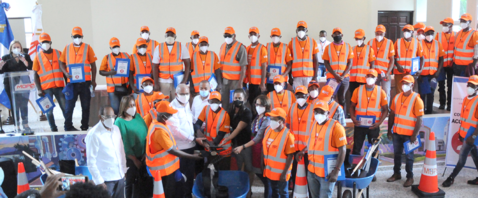 Video   Programa de Mantenimiento Vial genera 400 nuevos empleos en Sánchez Ramírez