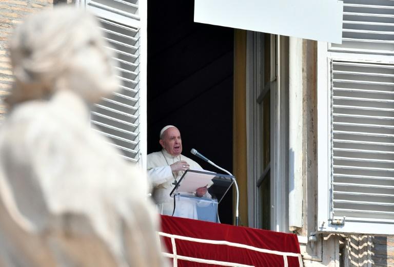 """El papa condena ataque en Francia y """"reza por las víctimas"""""""