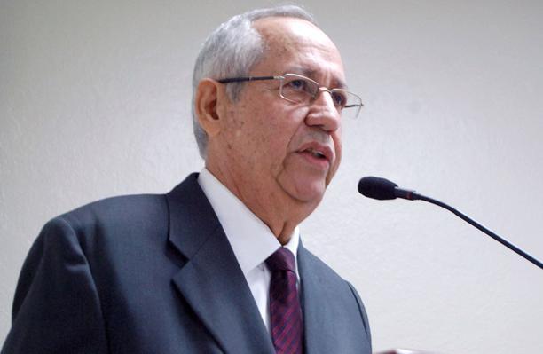Abinader designa a Arturo Martínez Moya como miembro en Junta Monetaria