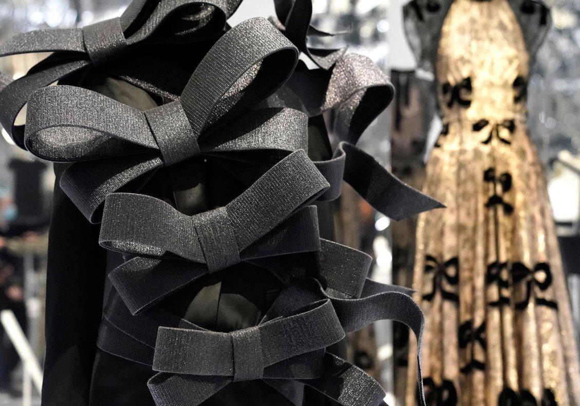 La moda dialoga con su pasado y presente en el Met de Nueva York