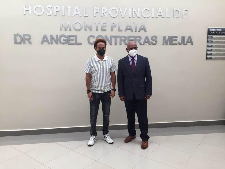 Amarfis visita Hospital de Monte Plata