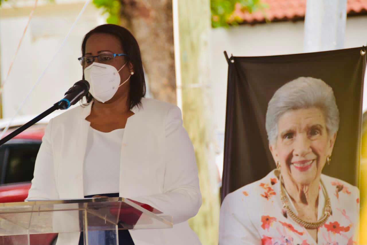ADP rinde homenaje a Yvelisse Prats a un mes de su partida
