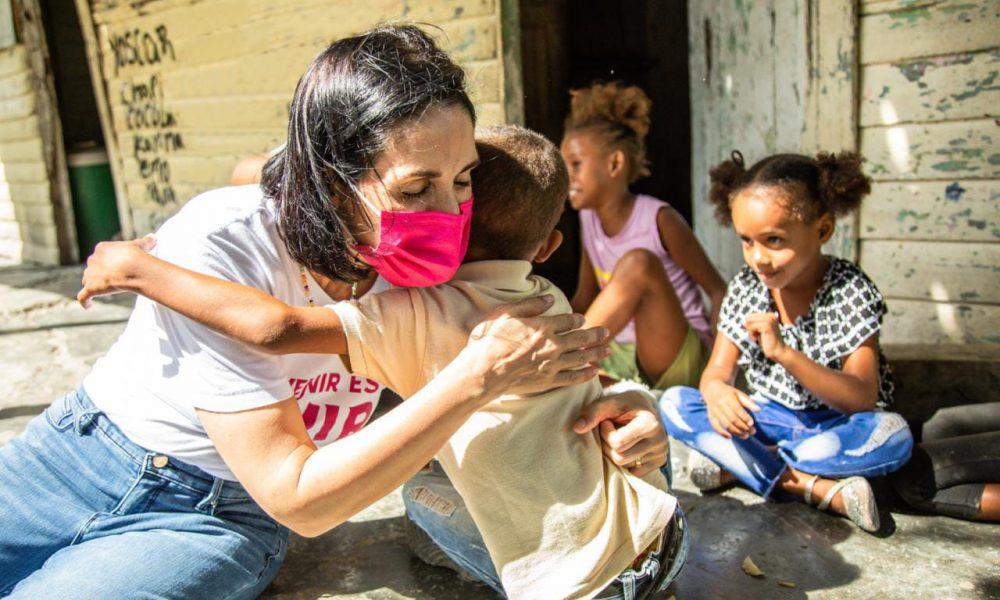 Desde el Gabinete de Niñez y Adolescencia, primera dama afirma trabajará con pasión por los menores