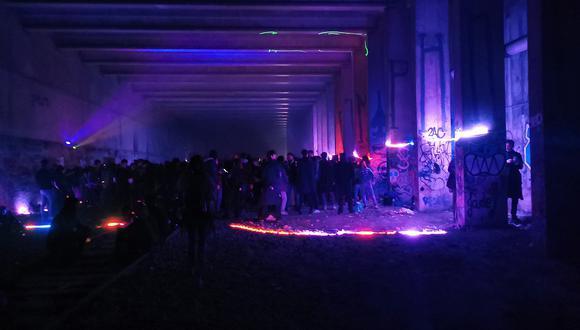 Una fiesta clandestina en París o el espejismo de un mundo sin pandemia