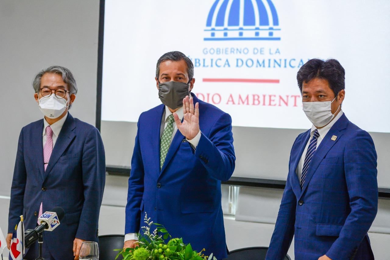 Medio Ambiente inició plan para controlar contaminación de vertederos   del país