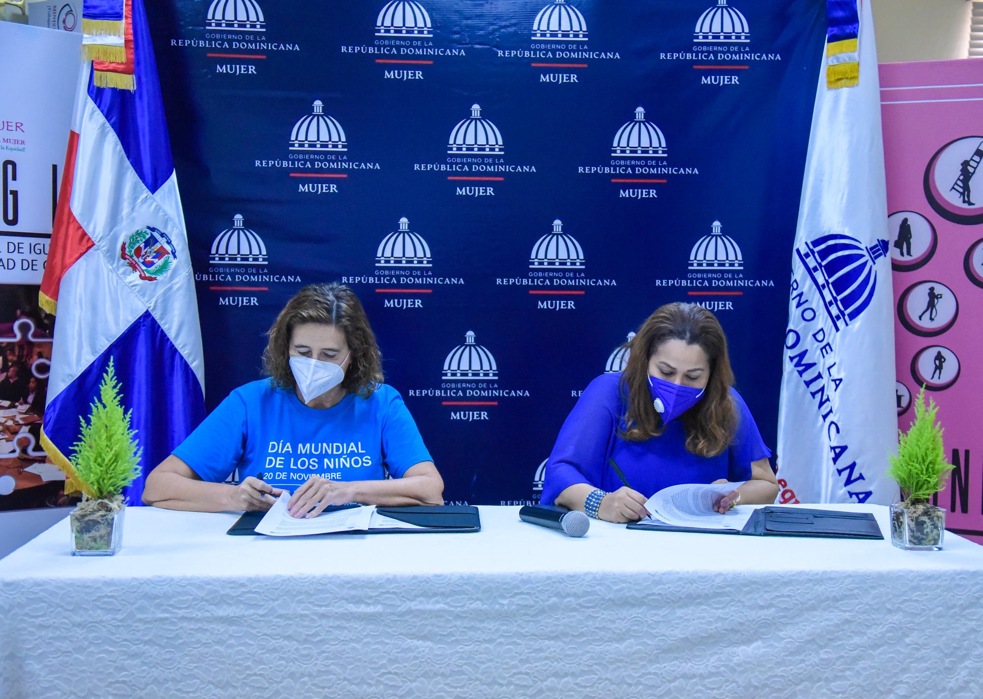 Ministerio de la Mujer y UNICEF firman memorándum de Entendimiento