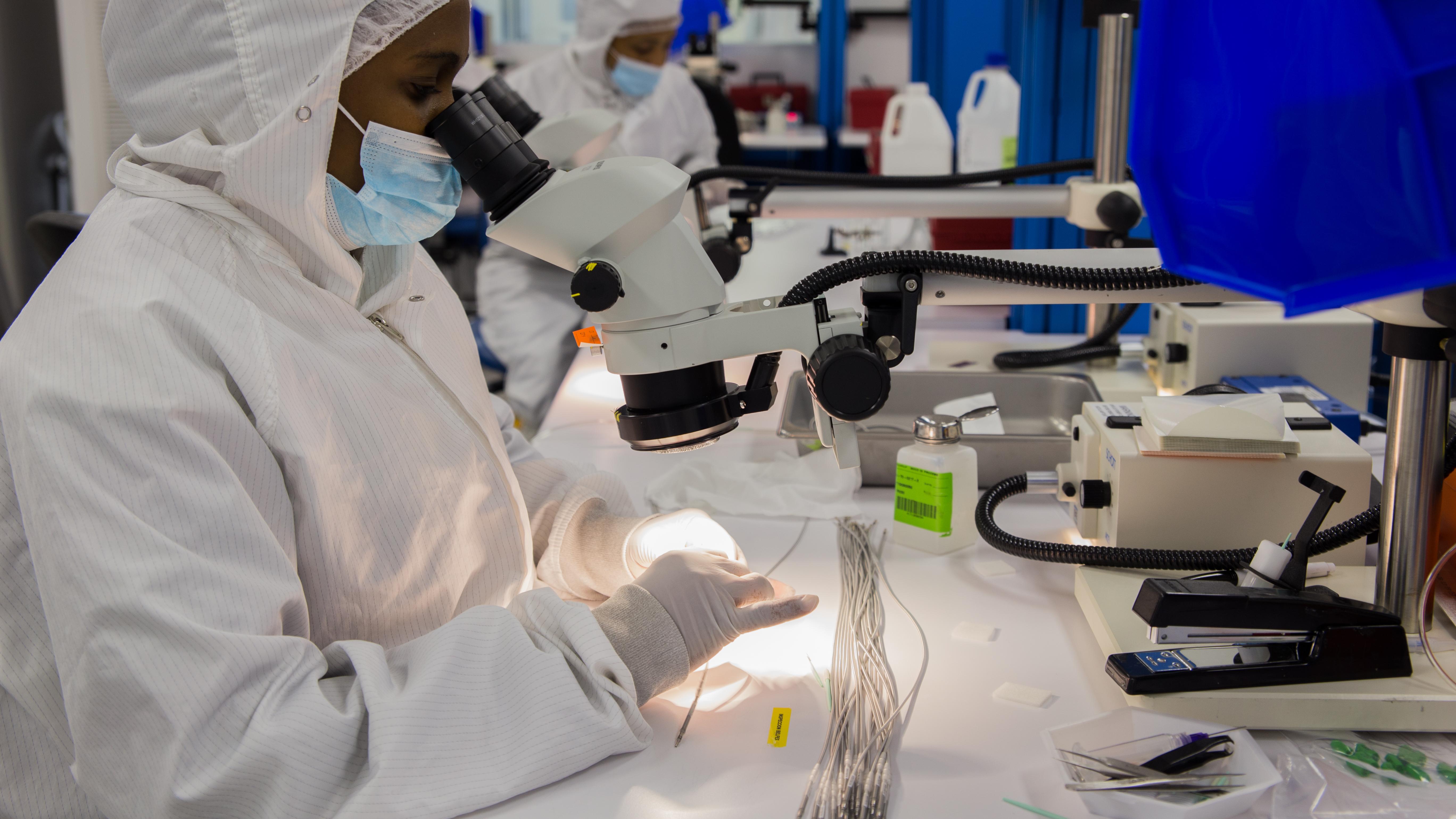 Manufactura de dispositivos médicos y farmacéuticos ocupa primer lugar en exportaciones dominicanas