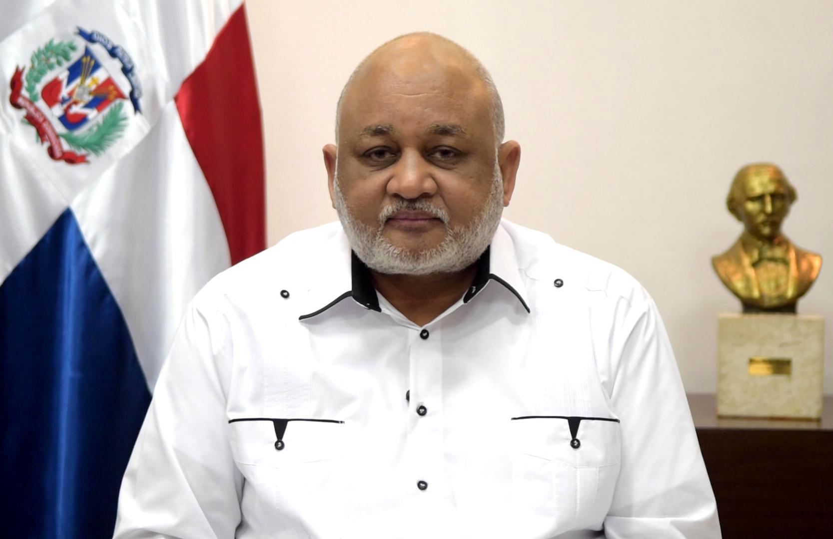 Ministro de educación anuncia transformarán liceos tradicionales en politécnicos