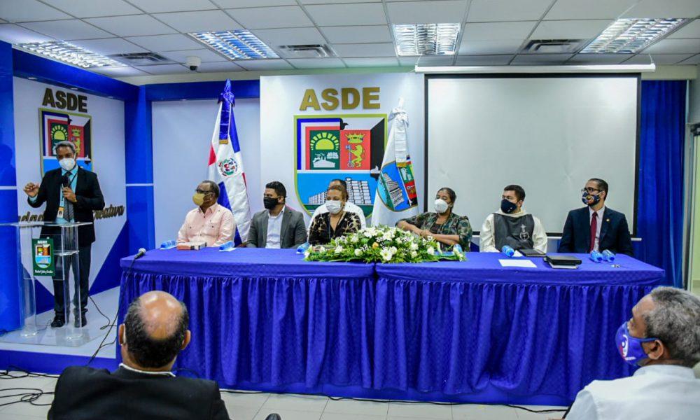 Iglesias se unen al Ayuntamiento SDE para rescatar a Jóvenes