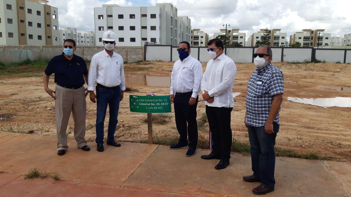 Construirán plaza con 94 locales comerciales en Ciudad Juan Bosch