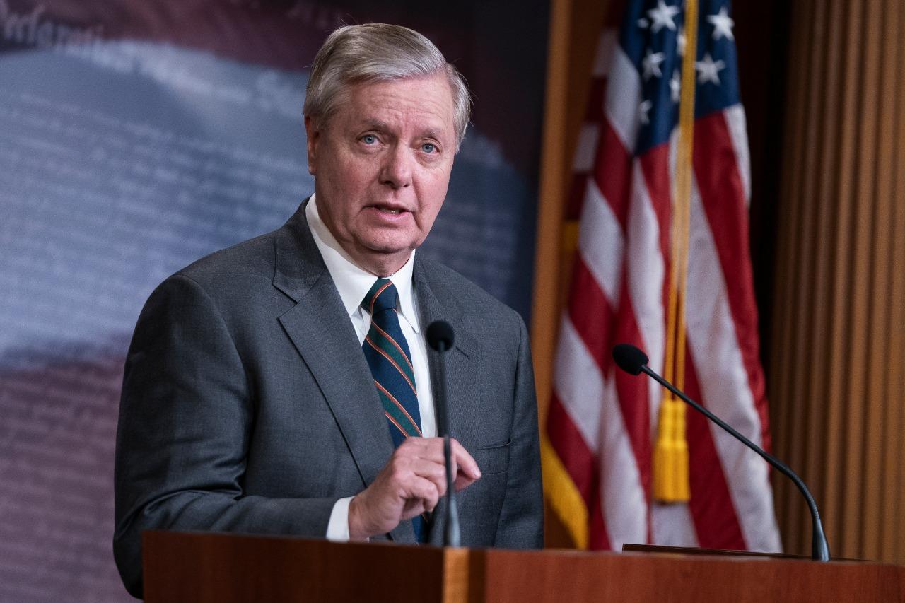 Destacado senador republicano insta a Trump no reconocer derrota ante Biden