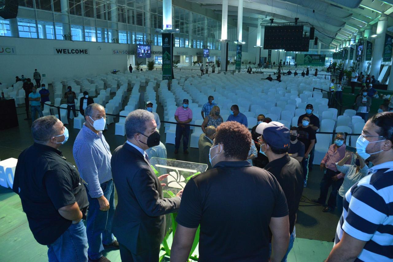 Video | Todo listo para la inauguración del ''Primer Congreso del Pueblo Profesor Juan Bosch'' este lunes