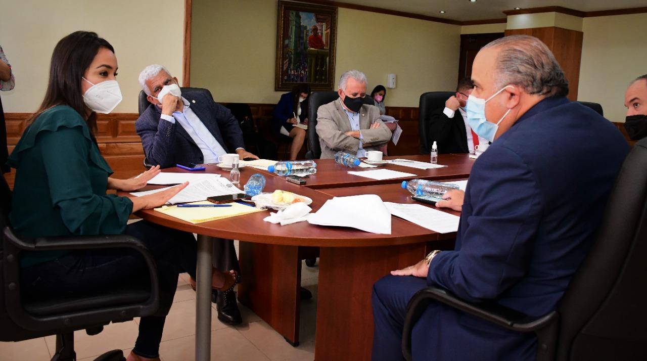 Comisión de Hacienda del Senado estudia instruir la Superintendencia de Bancos para otorgar amnistía crediticia