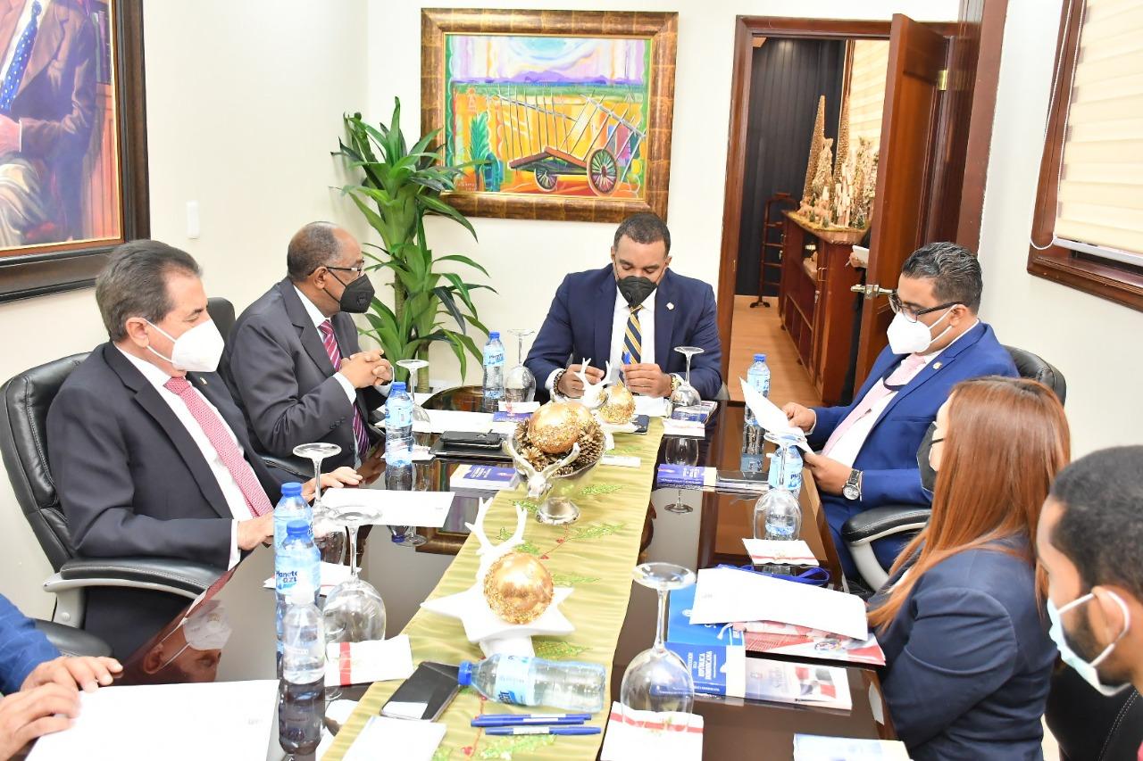 Comisión  de dominicanos residentes en el exterior se reúne con la Comisión de Herencia Hispana en Canadá