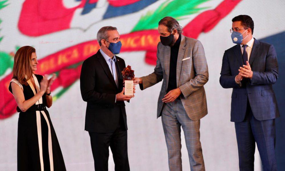 Música de Juan Luis Guerra es seleccionada para impulsar Marca País